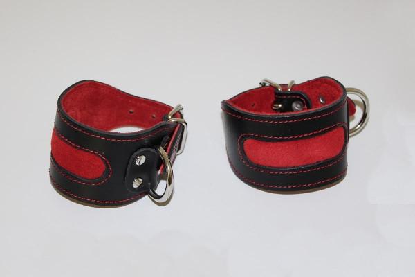 Fesseln in schwarz/rot