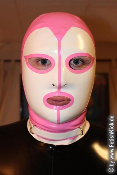 Maske mit D-Ringen absperrbar
